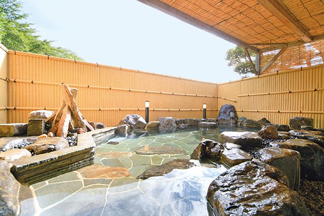 「光明の湯」露天風呂